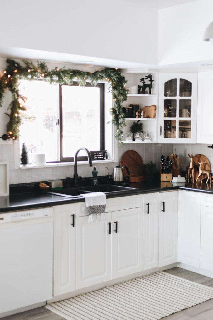 Modern Christmas Kitchen