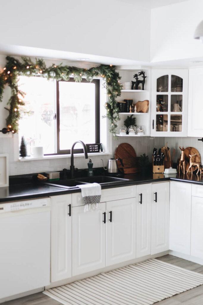 Modern Christmas Kitchen