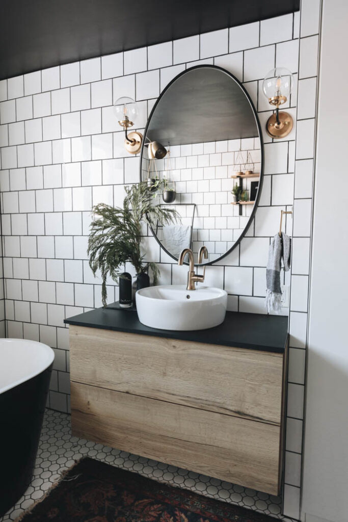 Simple Christmas bathroom ideas