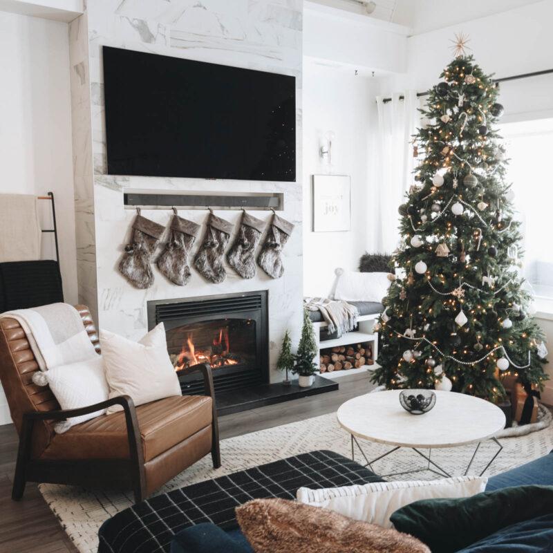 simple modern Christmas living room