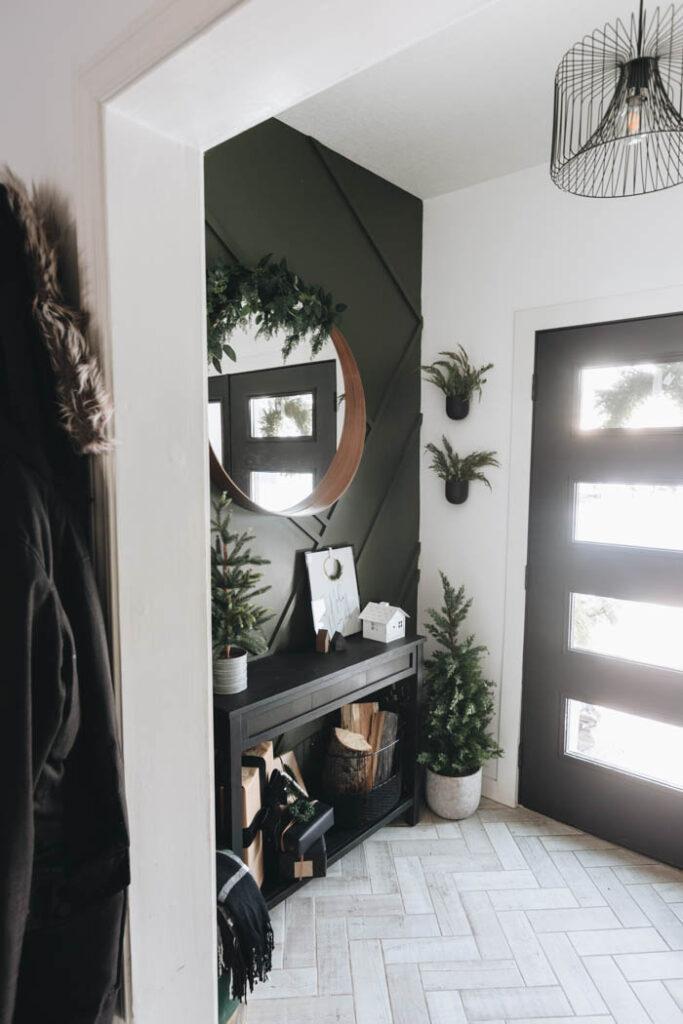 Modern Christmas Mirror Decor