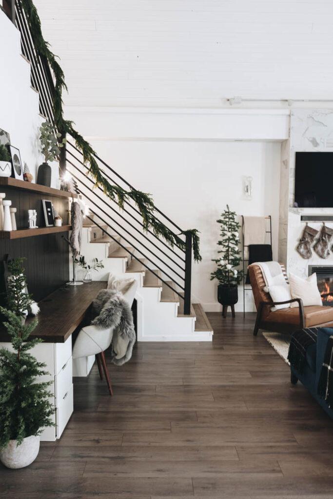modern stairway Christmas garland