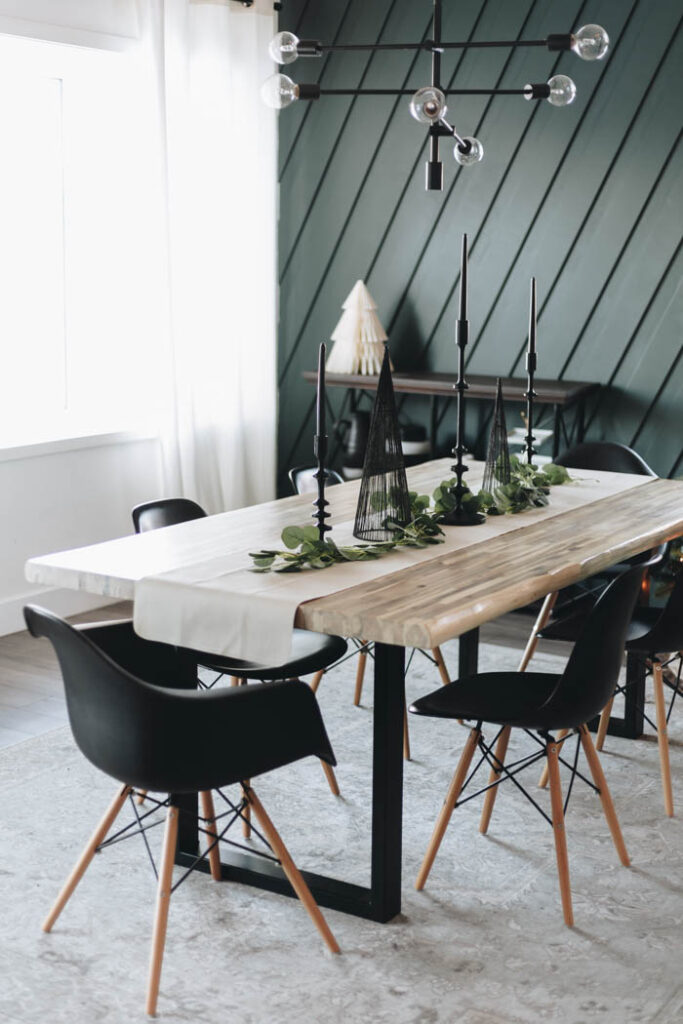 modern holiday table scape