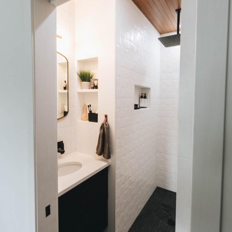 modern small bathroom vanity