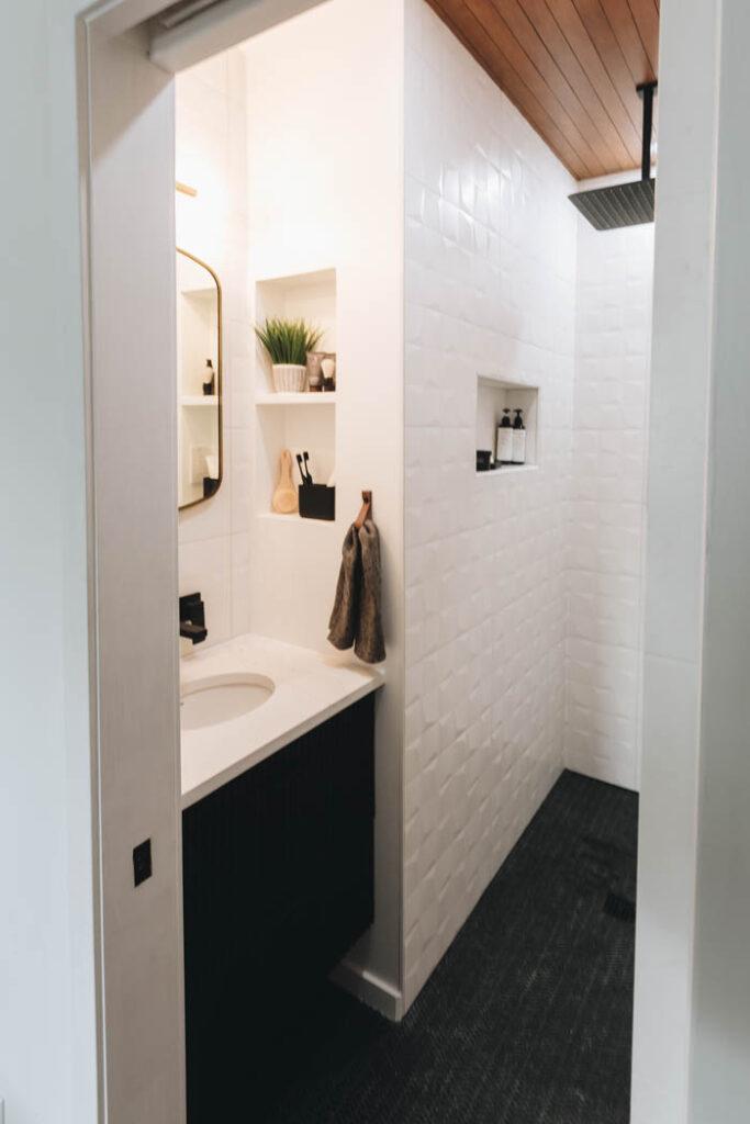 bathroom shower without a door