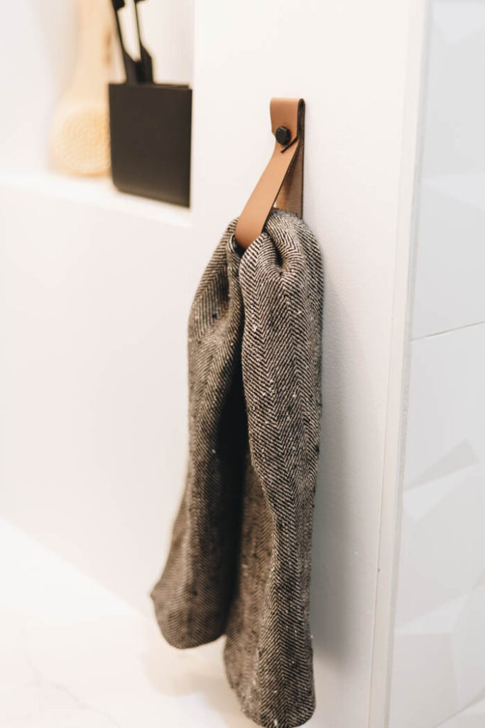 leather towel hanger for the kitchen