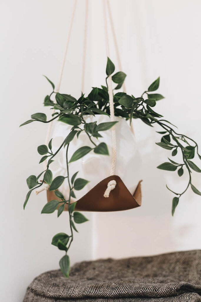 leather planter holder