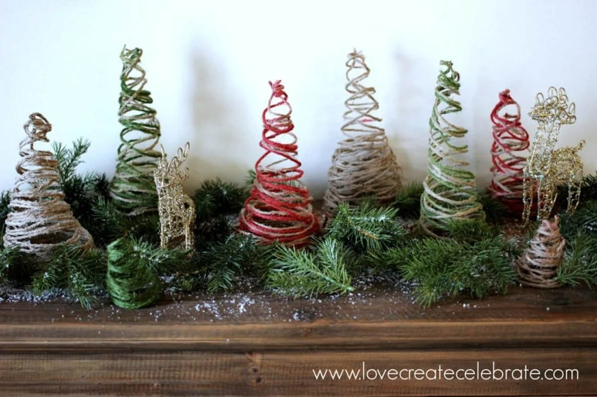 Image of string Christmas trees and golden reindeer