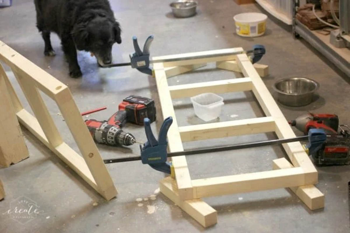 Attaching wood pieces for pendant light frame