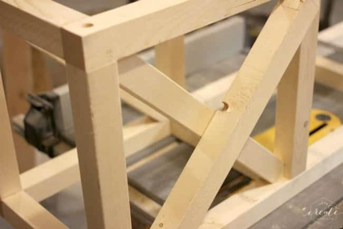 Wood block for industrial pendant light