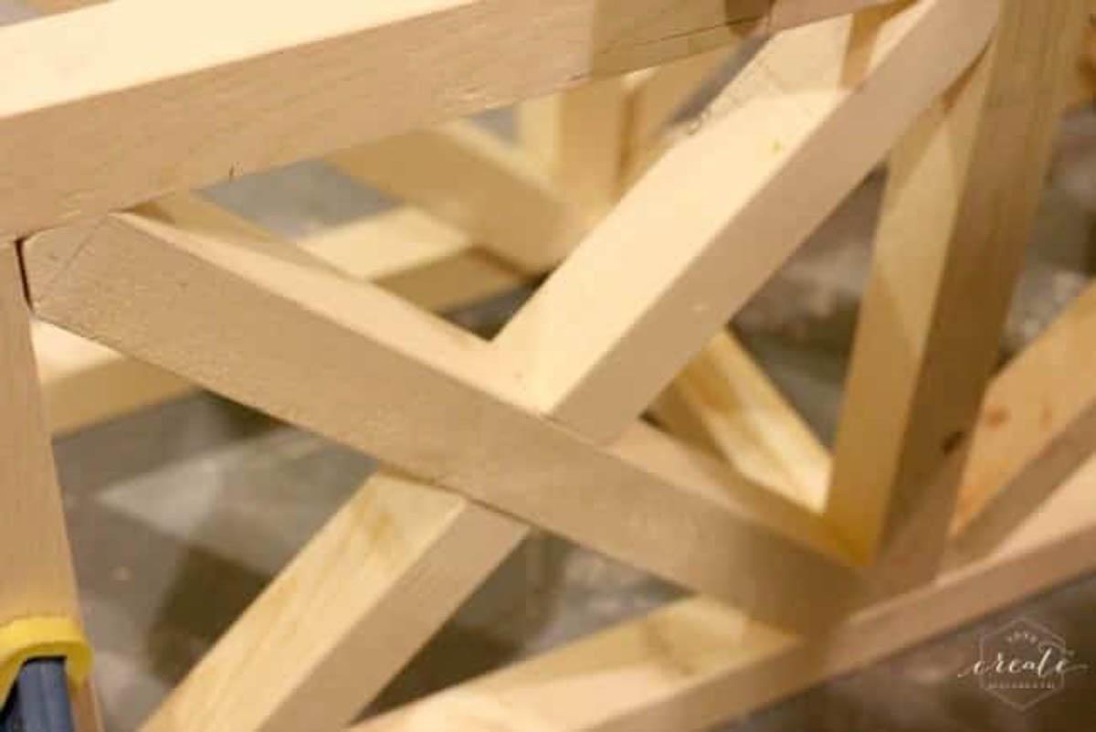 frame for pendant light