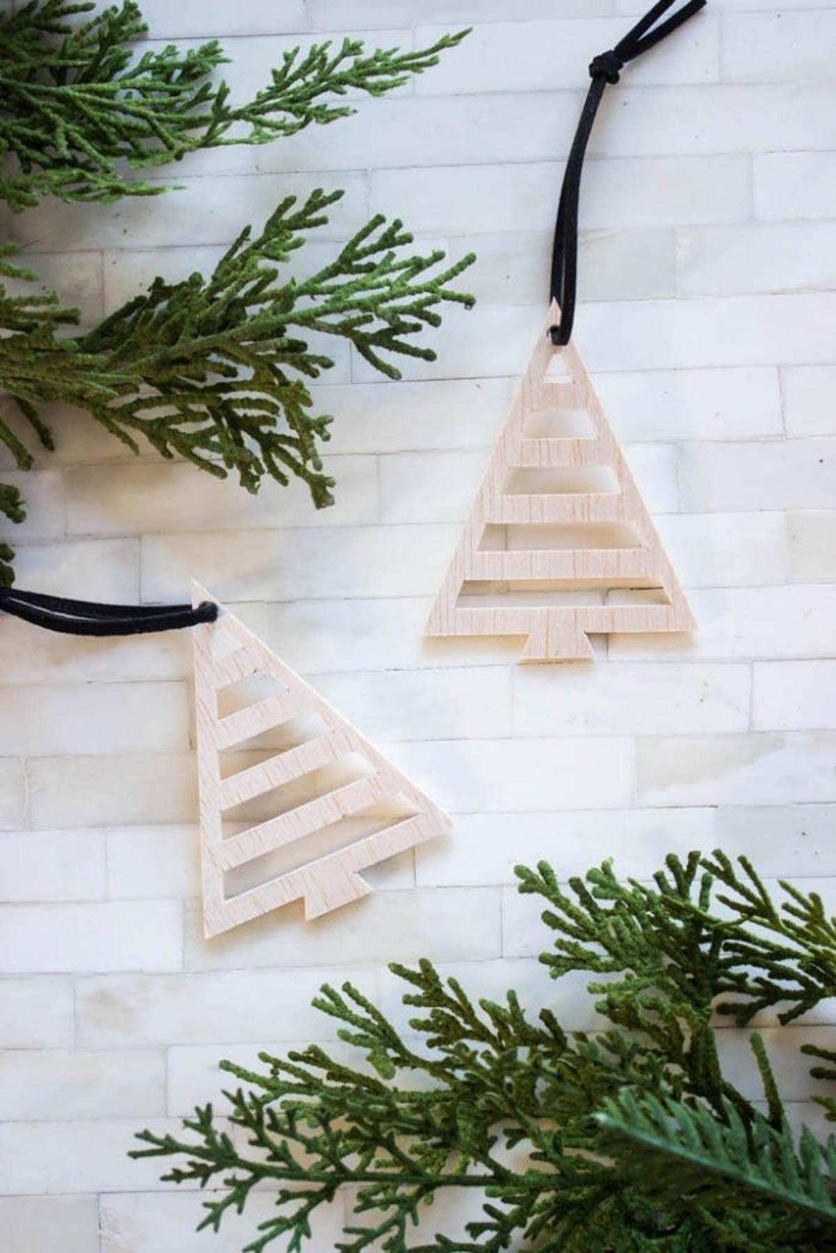 Wooden tree ornaments